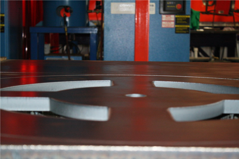 Coupe laser matériaux épais