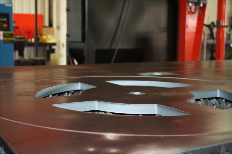 Découpe laser - acier épais